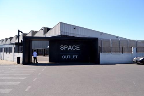 Prada Outlet (Space)